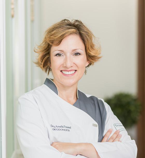 Ortodoncista Granada - Dra. Amelia Travesí