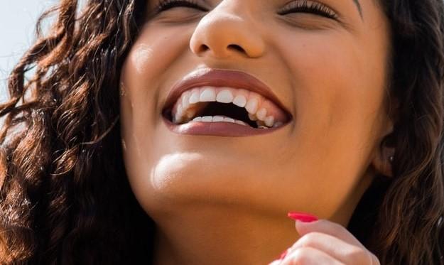 blanqueamiento dental antes o después de la ortodoncia
